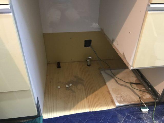 食洗機撤去、引出し加工
