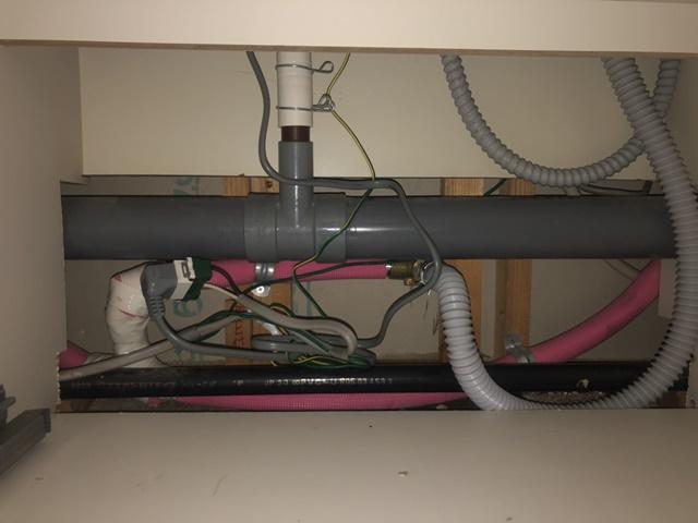 給水管、排水管接続後